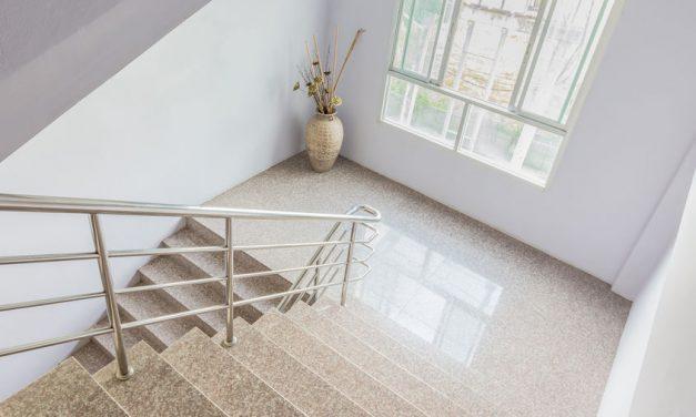 Treppenhausreinigung ist vertraglich geregelt